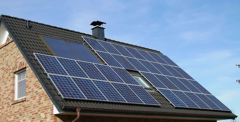 Painel solar fotovoltaico casa