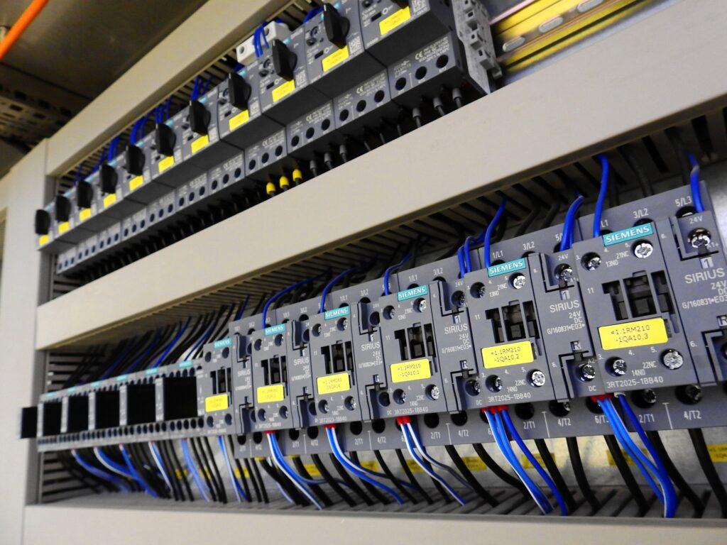 Quadro de distribuição elétrica, inspeção predial